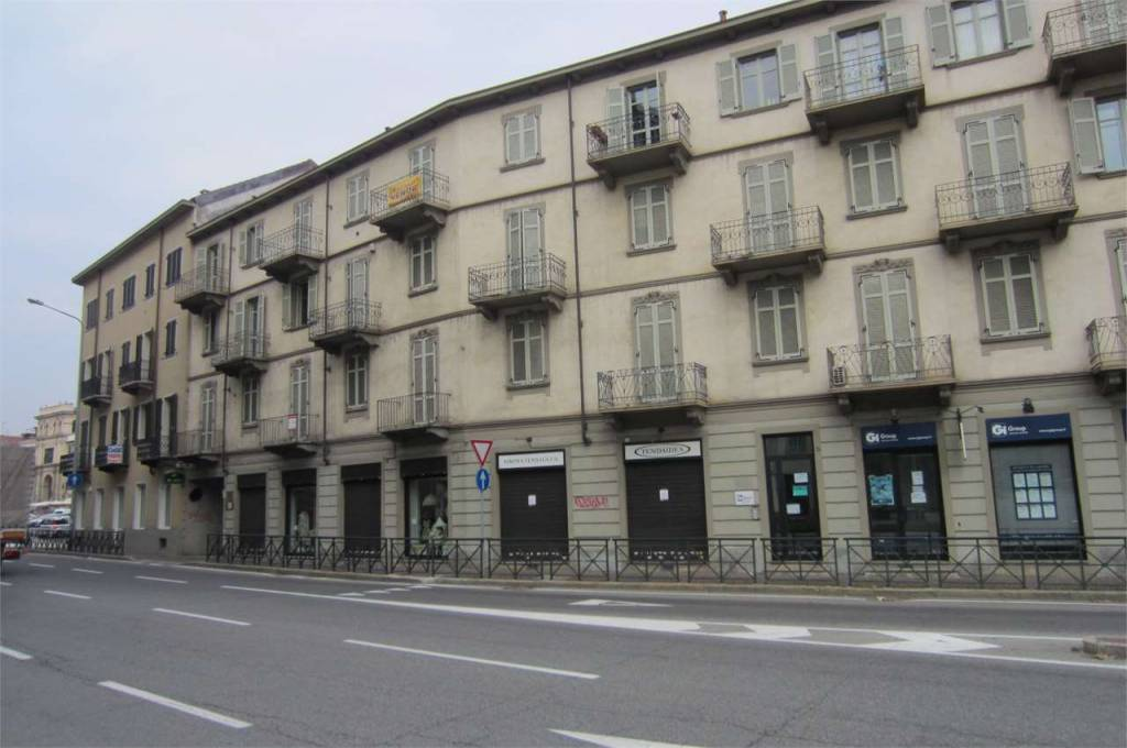 Affittasi Bilocale Moncalieri Via Cavour.
