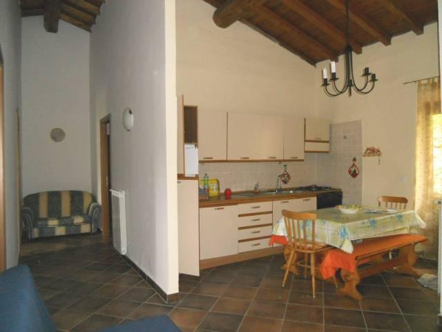 Appartamento in buone condizioni in vendita Rif. 4383113