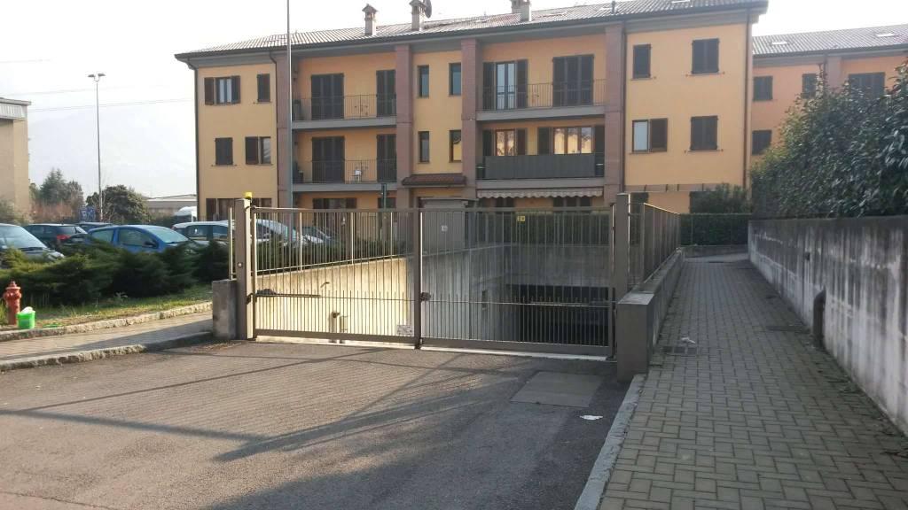 Box / Garage in vendita a Olginate, 1 locali, prezzo € 25.000   CambioCasa.it