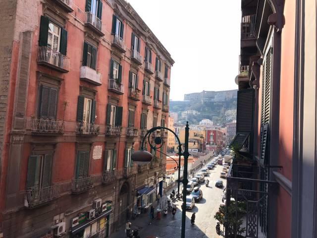 Appartamento in vendita 4 vani 140 mq.  corso Vittorio Emanuele 481 Napoli