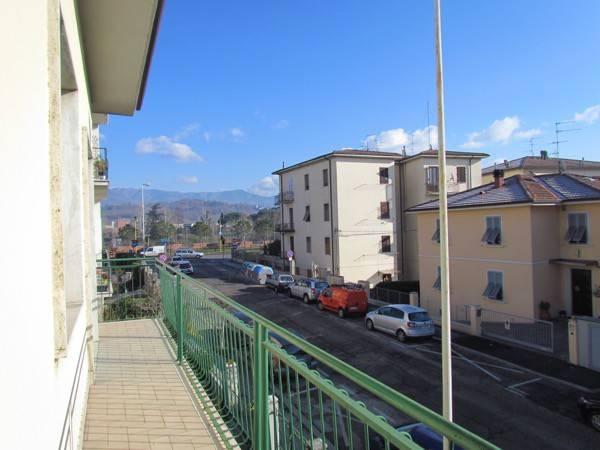 Appartamento in buone condizioni in affitto Rif. 4473385