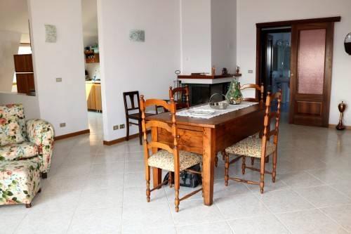 Appartamento in ottime condizioni in vendita Rif. 5312648