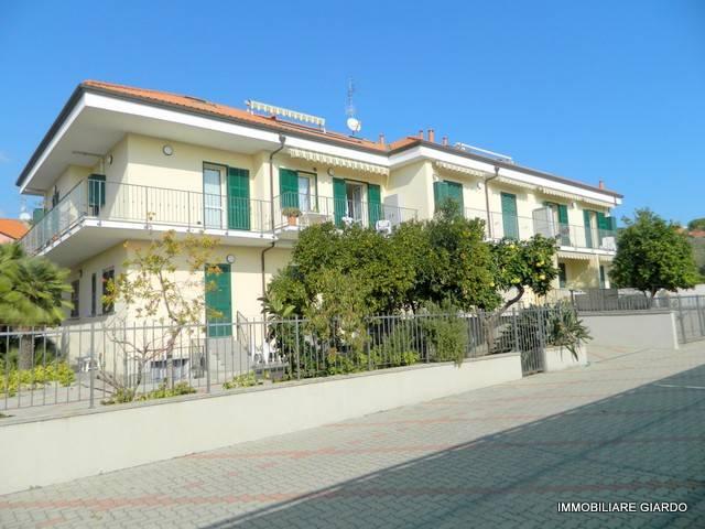 Appartamento in Vendita a Diano Marina Centro: 3 locali, 69 mq