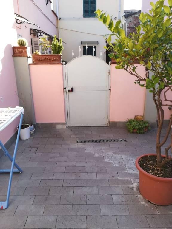 Appartamento in ottime condizioni in vendita Rif. 8900138