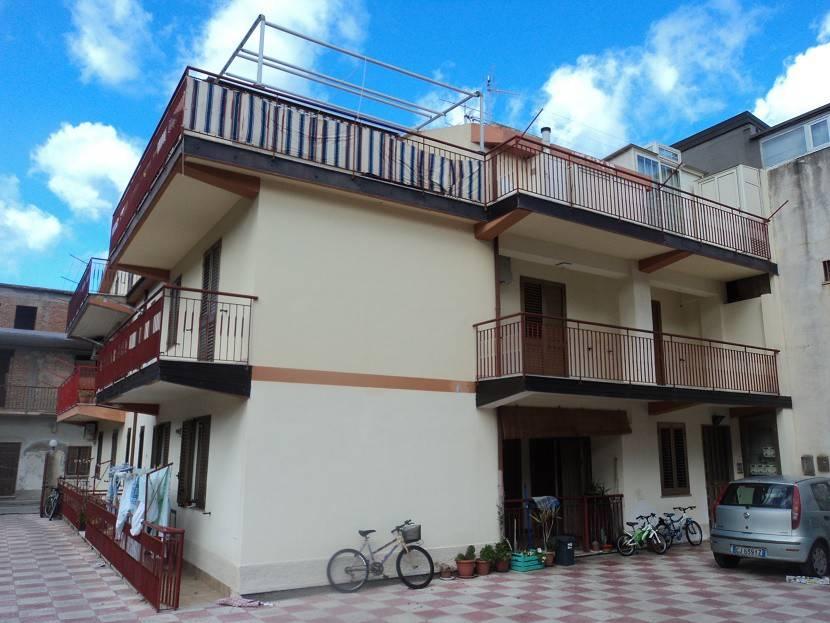 Appartamento in vendita a Gioiosa Marea, 3 locali, prezzo € 96.000 | PortaleAgenzieImmobiliari.it