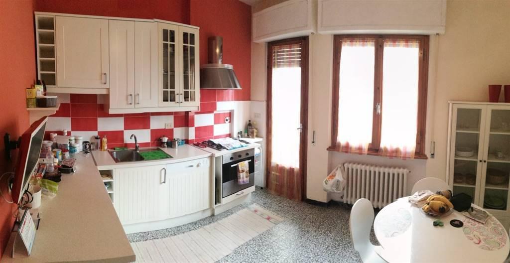 Appartamento in ottime condizioni parzialmente arredato in vendita Rif. 9001704