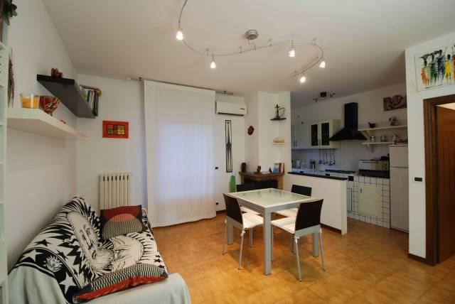 Appartamento in buone condizioni in vendita Rif. 4905768