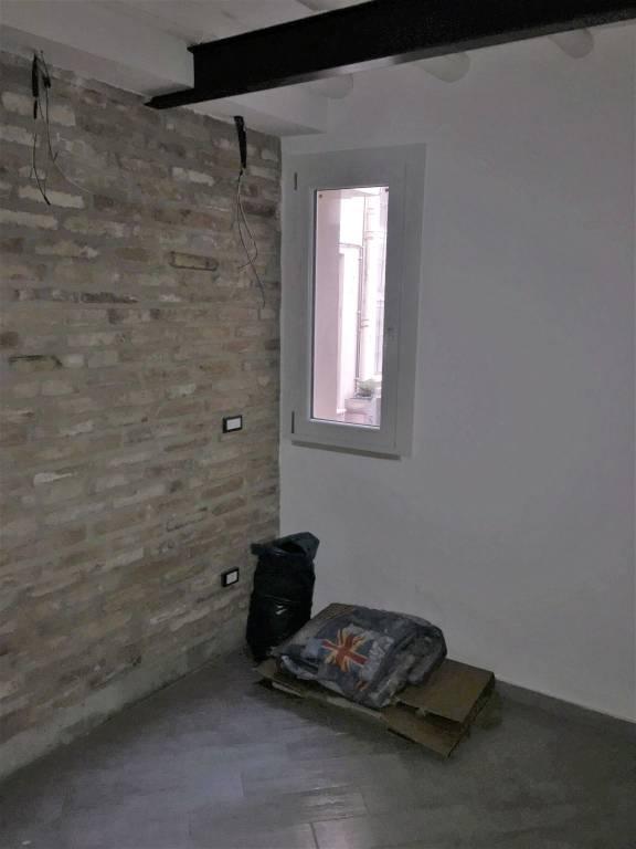 Appartamento in ottime condizioni in vendita Rif. 8900420