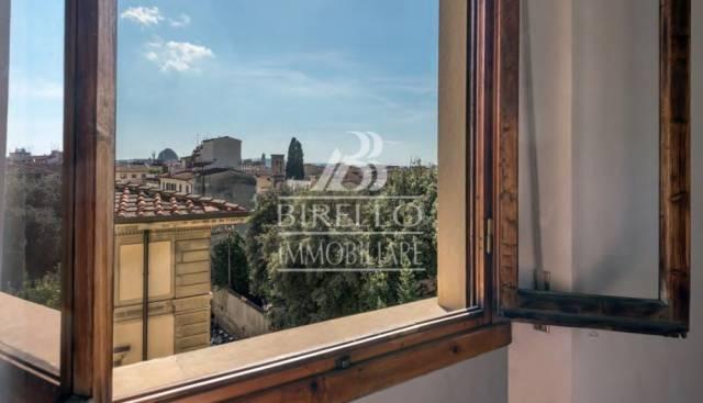 Appartamento in Vendita a Firenze Centro: 2 locali, 57 mq