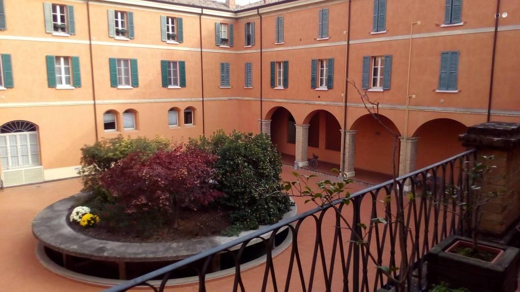 Casa indipendente in Vendita a Cesena Centro: 4 locali, 182 mq