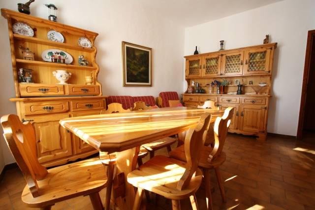 Appartamento da ristrutturare arredato in vendita Rif. 4578804