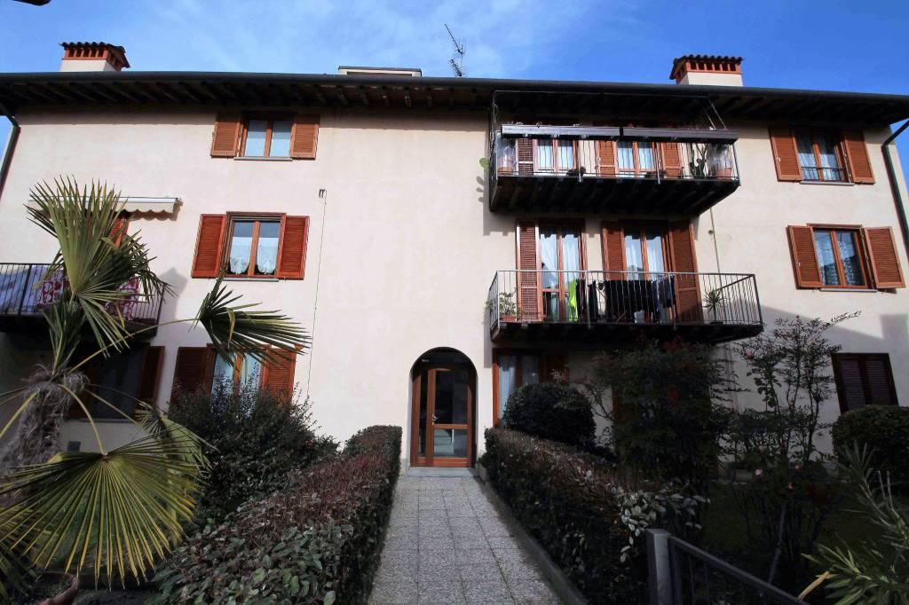 Appartamento in ottime condizioni in vendita Rif. 5082478