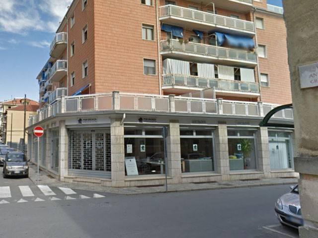 Negozio / Locale in vendita a Acqui Terme, 6 locali, prezzo € 128.000 | CambioCasa.it
