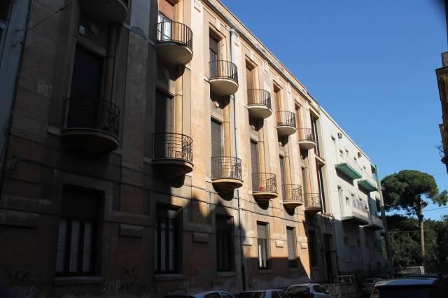 Appartamento in Vendita a Catania Centro: 2 locali, 60 mq
