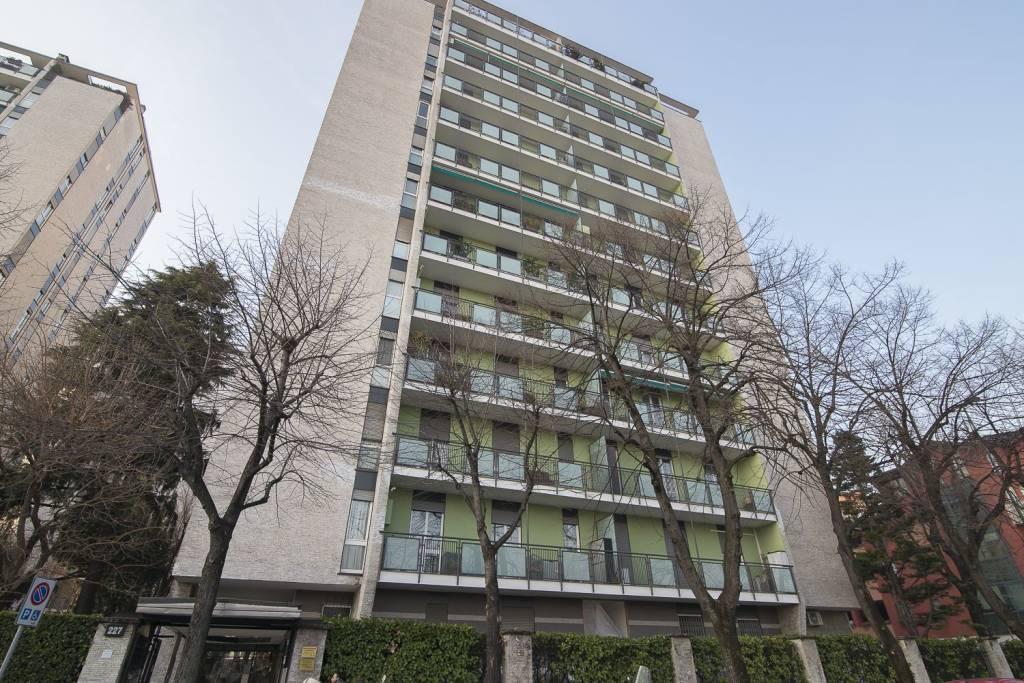 Appartamento in vendita a Sesto San Giovanni, 3 locali, prezzo € 195.000 | CambioCasa.it