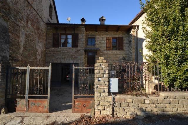 Casa indipendente in Vendita a San Benedetto Belbo Centro: 4 locali, 123 mq