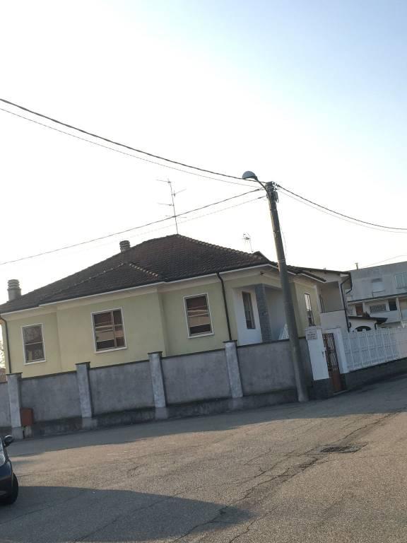 Villa in buone condizioni in vendita Rif. 4912013