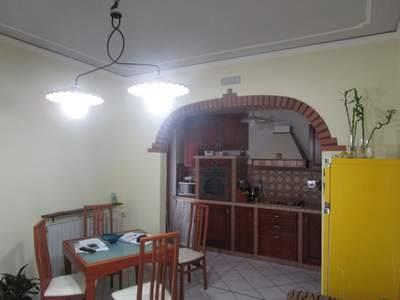 Casa Indipendente in buone condizioni in vendita Rif. 4850132