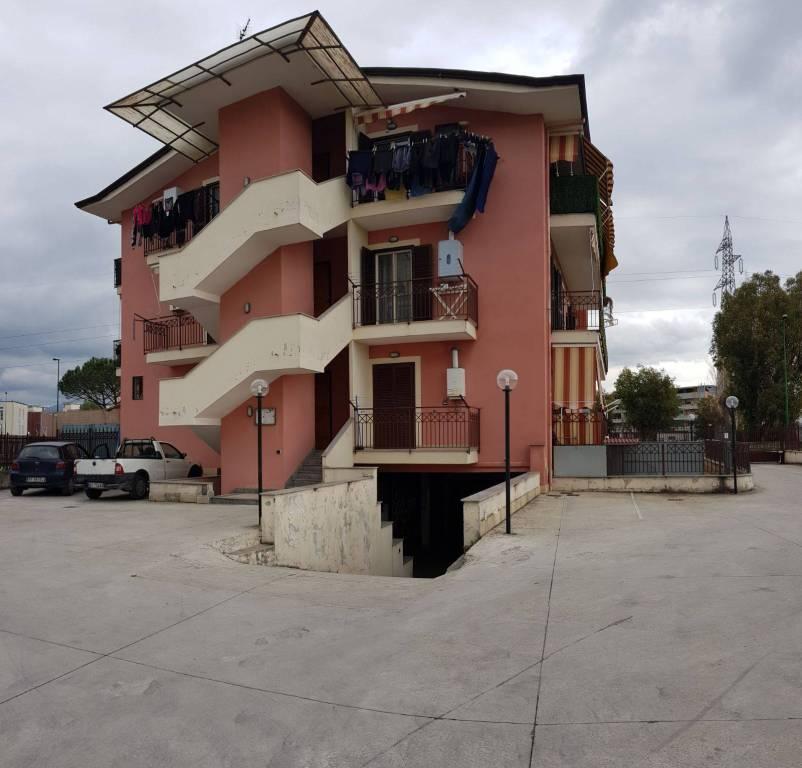 Appartamento in ottime condizioni in vendita Rif. 7796108