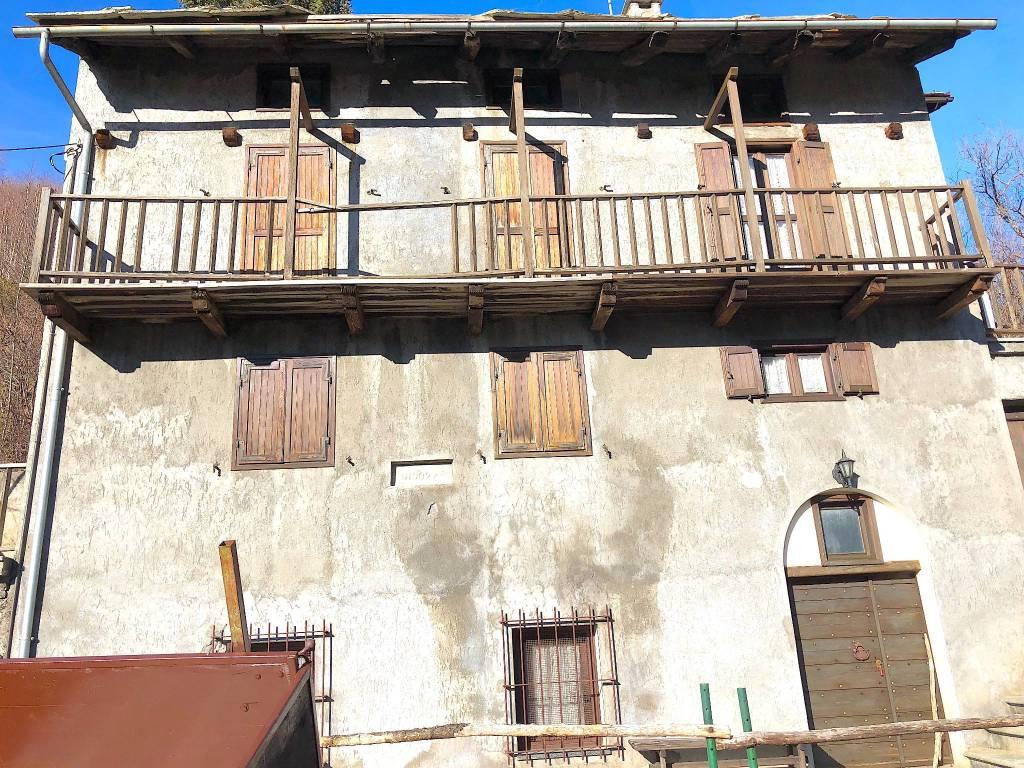 Foto 1 di Rustico Frazione De Veys, Exilles