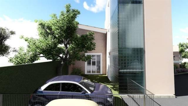 Casa indipendente in vendita 4 vani 102 mq.   Firenze