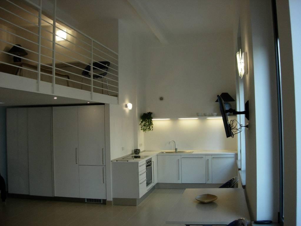 Foto 1 di Loft / Open space via Aosta 8, Torino (zona Valdocco, Aurora)