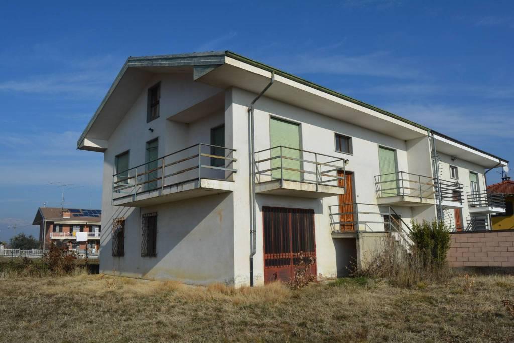 Villa in vendita a Bagnolo Piemonte, 6 locali, prezzo € 185.000 | PortaleAgenzieImmobiliari.it