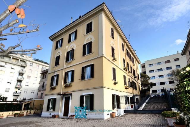 Appartamento in vendita a Roma, 6 locali, zona Zona: 24 . Gianicolense - Colli Portuensi - Monteverde, prezzo € 1.290.000   CambioCasa.it