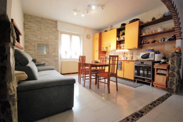 Appartamento trilocale in vendita a Santa Maria Ho (LC)