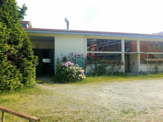 Capannone quadrilocale in vendita a Biella (BI)