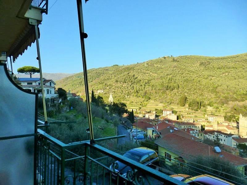 Appartamento in vendita a Dolcedo, 2 locali, prezzo € 64.000 | CambioCasa.it