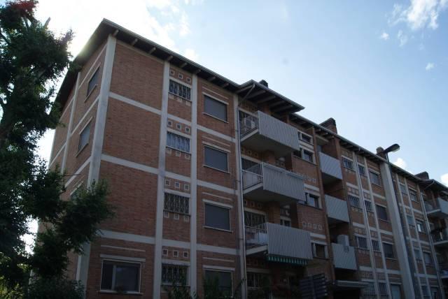 Appartamento in Vendita a Ivrea: 5 locali, 107 mq