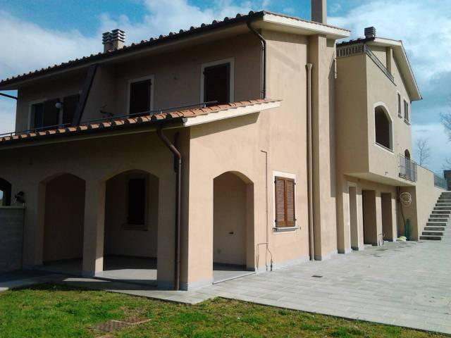 Villa a schiera 6 locali in vendita a Santa Maria a Monte (PI)