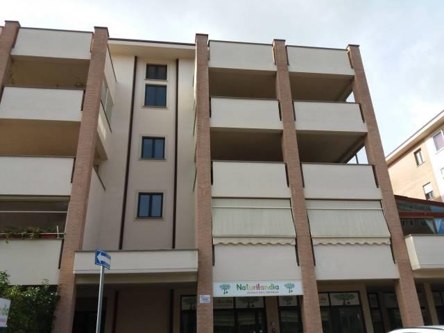 Appartamento trilocale in vendita a Viterbo (VT)