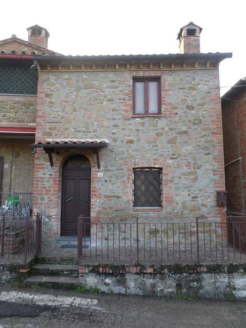 Casa indipendente in Vendita a Paciano: 4 locali, 75 mq