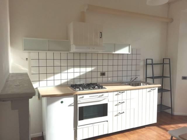 Appartamento in ottime condizioni arredato in affitto Rif. 4404420