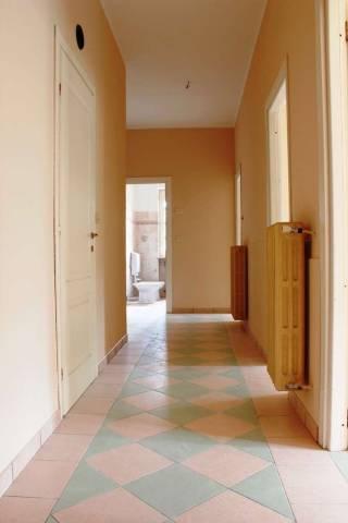 Appartamento in buone condizioni in vendita Rif. 4822612