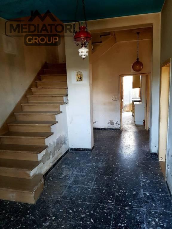 Casa Indipendente da ristrutturare in vendita Rif. 9163644