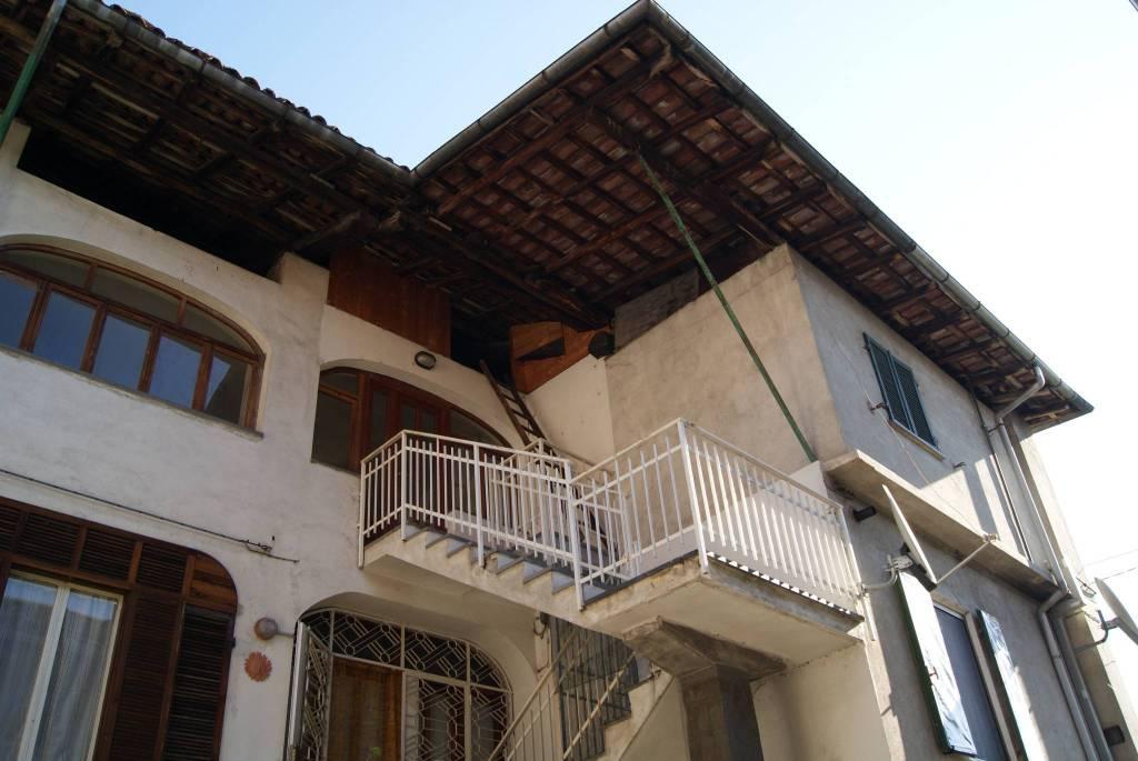 Foto 1 di Quadrilocale via Giuseppe Garibaldi, Quassolo
