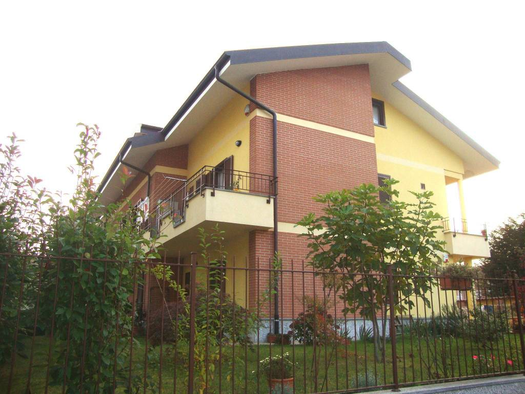 Foto 1 di Appartamento via Camillo Benso di Cavour 51B, Santena