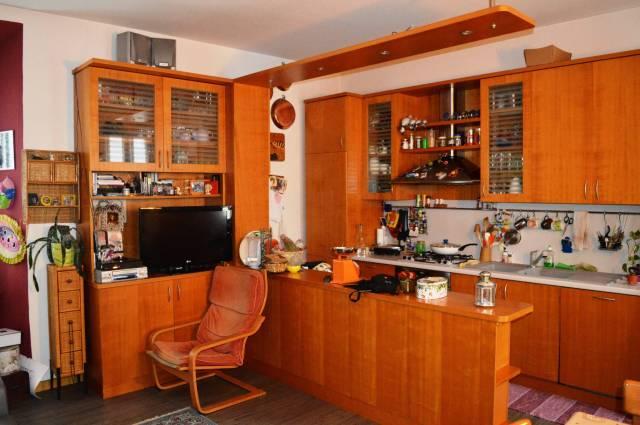 Appartamento in ottime condizioni parzialmente arredato in vendita Rif. 4601142