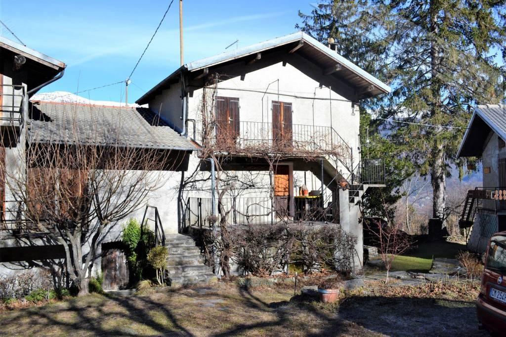 Foto 1 di Casa indipendente Borgata Gilli 12, Pomaretto