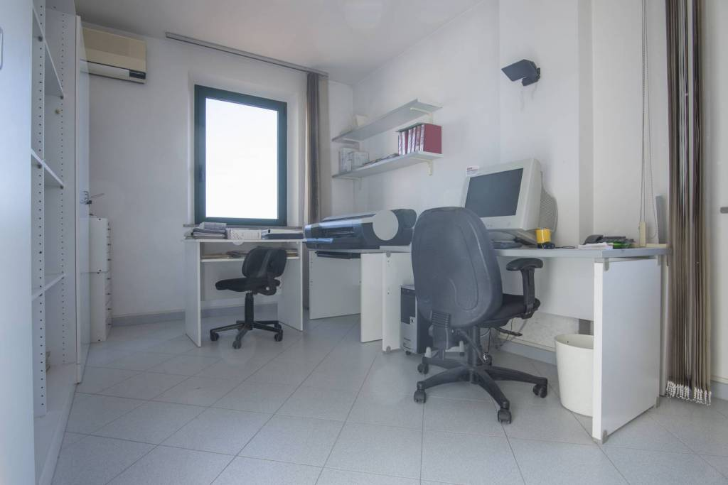 Appartamento in buone condizioni in vendita Rif. 5126360
