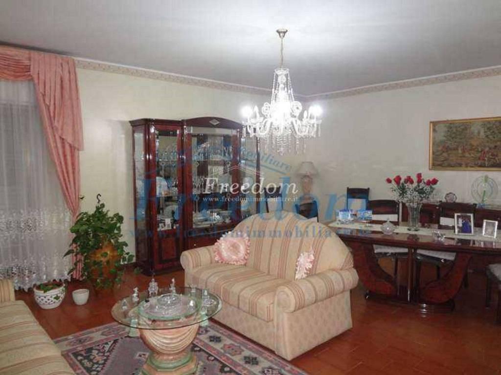 Appartamento in Vendita a Misterbianco Centro: 4 locali, 110 mq