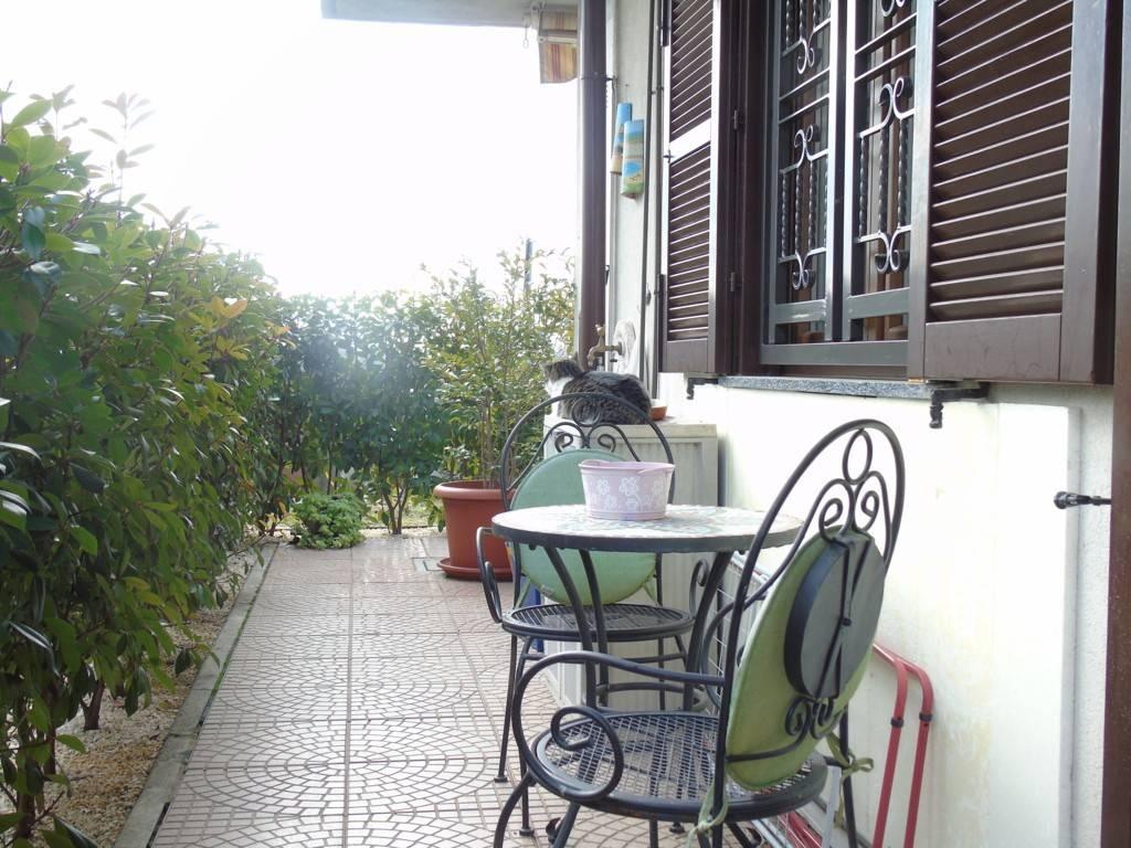 Appartamento in ottime condizioni in vendita Rif. 8283146