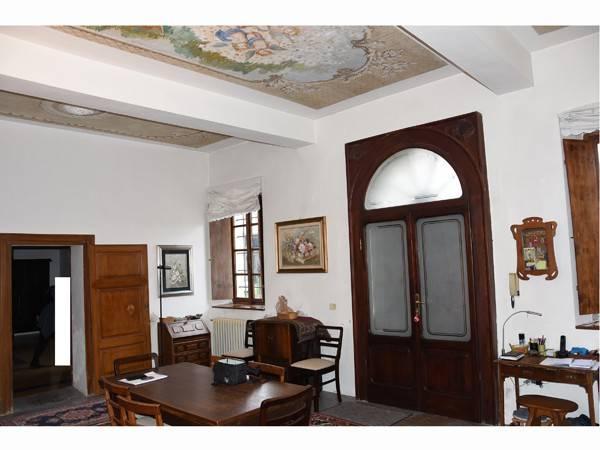 Rustico / Casale in vendita a Marcaria, 6 locali, prezzo € 350.000 | CambioCasa.it
