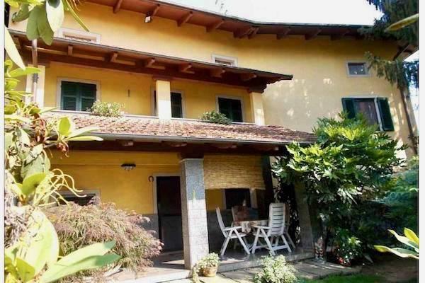 Villa in buone condizioni in vendita Rif. 5403561