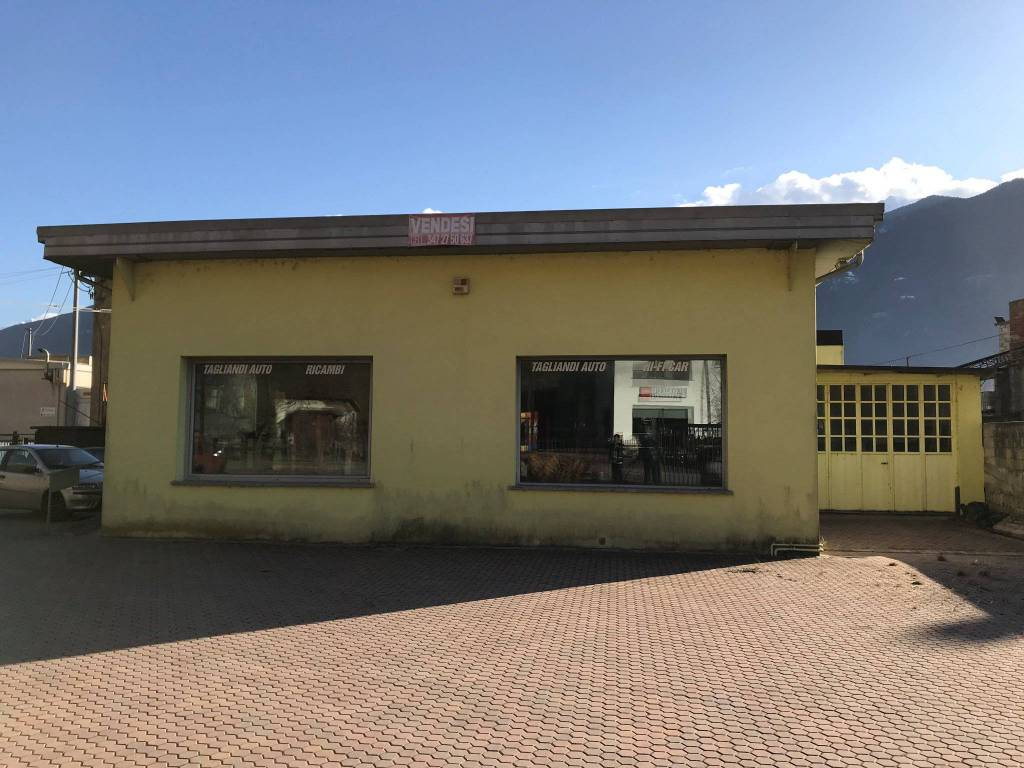 Capannone in vendita a Dubino, 9999 locali, prezzo € 177.000 | PortaleAgenzieImmobiliari.it