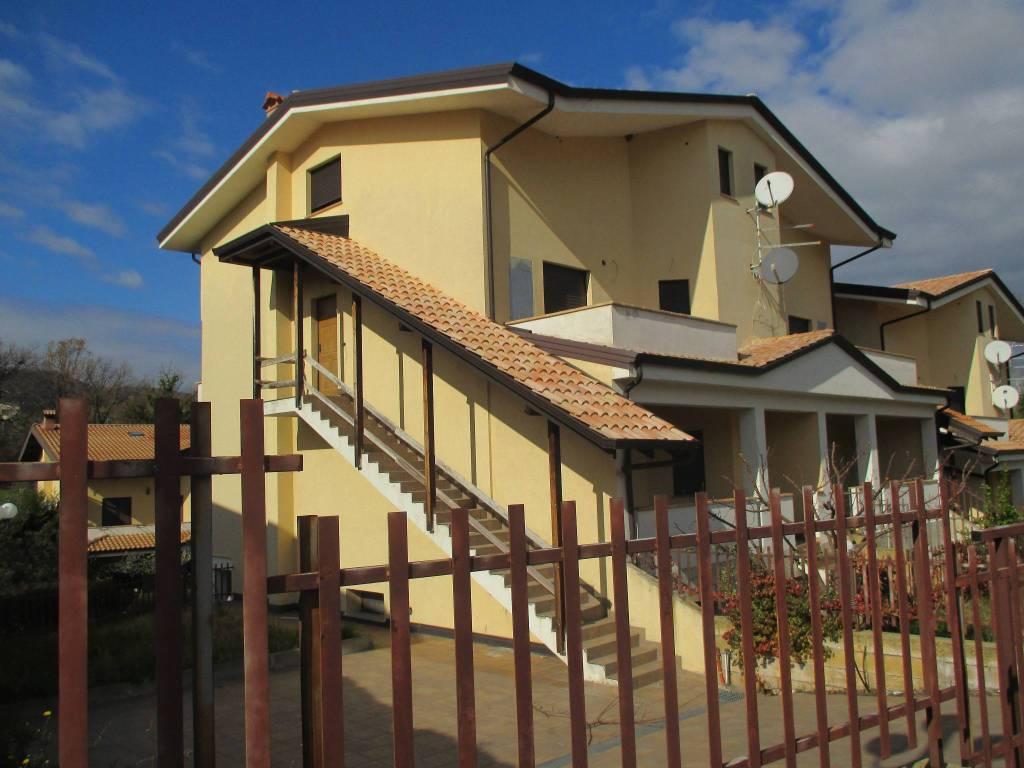 Casa indipendente a Marano