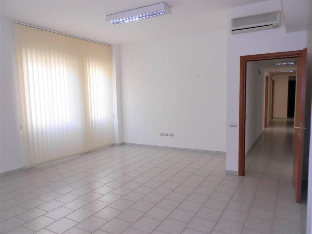 Ampio Ufficio pressi via Sonnino Rif. 5415963